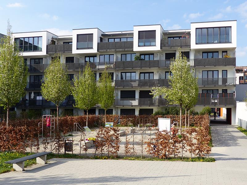 Albert-Rosshaupter-Straße 3